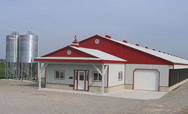 commerical barn - link to general contracting page